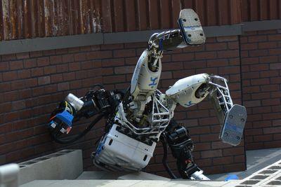 robot fall